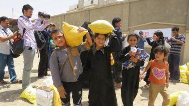 Photo of بتمويل كويتي ..الباكري يدشن مشروع توزيع 600 سلة غذائية بمأرب