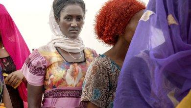 Photo of من القرن الإفريقي إلى اليمن.. طريق الهجرة المزدحم بالتعذيب والاغتصاب