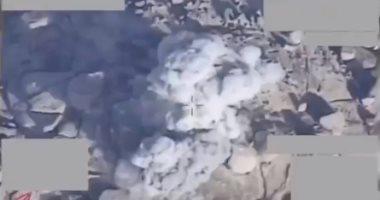 Photo of شاهد لحظة استهداف مقاتلات التحالف لعناصر حوثية في جبهة نهم
