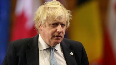 Photo of بالفيديو : رئيس الوزراء البريطاني يعلن إصابته بفيروس كورونا
