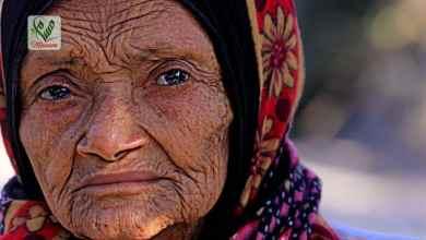 Photo of الحاجة سلمى سعيد : مُسنّة تهامية سلبها الحوثيون حياة نجليها( حكاية وجع )