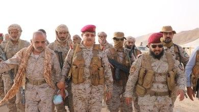 Photo of وزير الدفاع يتفقد سير العمليات القتالية في جبهات الجوف