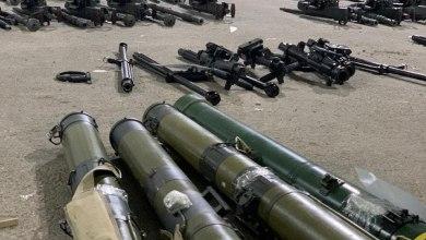 Photo of فيديو لأسلحة إيرانية ضبطها التحالف قبل وصولها للحوثي