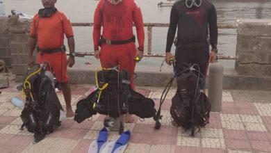 Photo of غواصة العمالقة ينتشلون جثامين طفل وطفلة غرقا في ساحل العشاق بعدن