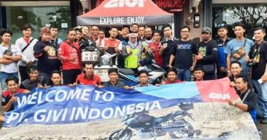 Perwakilan YRFI Sambut Kedatangan Couplepackerz dari Malaysia di GIVI Point