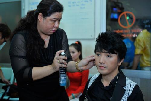 Đột nhập hậu trường liveshow Một thoáng quê hương 4 của Dương Ngọc Thái