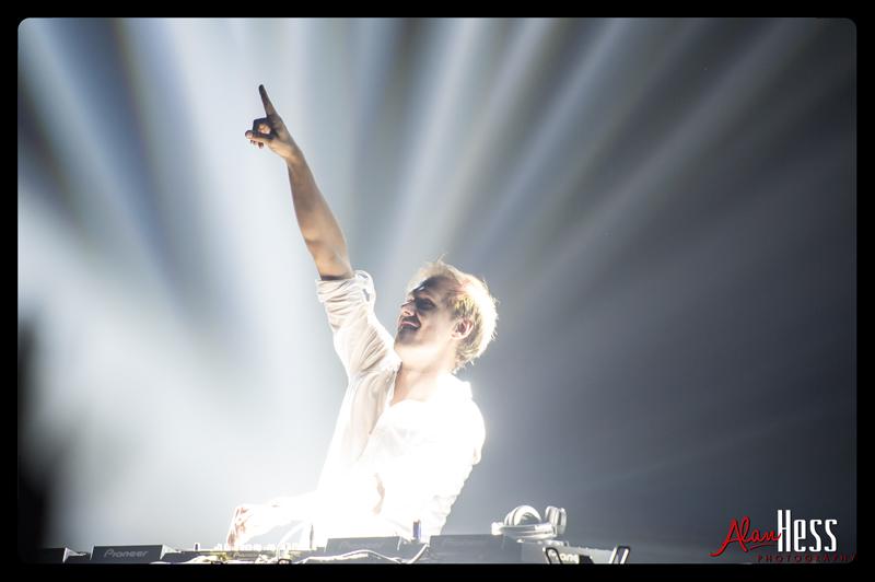 Armin_van_Buuren_09