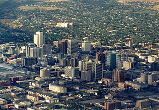 320px-Salt_Lake_City_panorama[1]