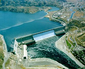 Overhead view of Grand Coulee Dam with hydroelectric component on left