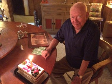 photo of Dick Erdman with his 90th birthday cake