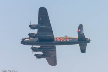 BBMF Avro Lancaster 'Phantom of the Ruhr', 17 Sqn & 550 Sqn 1943-44