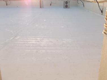 عزل مائي - افضل شركة عزل الاسطح مع الضمان 0555717947 عزل الحمامات-عزل المطابخ