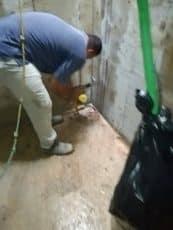 تفتح الشروخ والتصدعان للخزان العلوي التي يوجد بها تيهرب معالجة تسربات الخزان العلوي