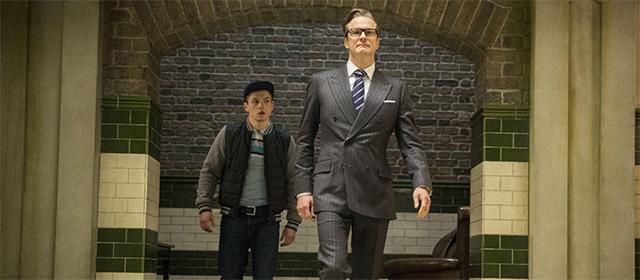 Taron Egerton et Colin Firth dans Kingsman : Services secrets (2015)