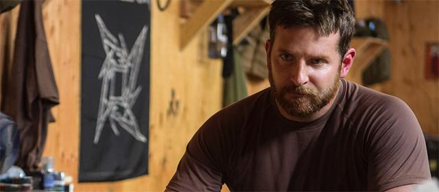 Bradley Cooper dans American Sniper (2015)