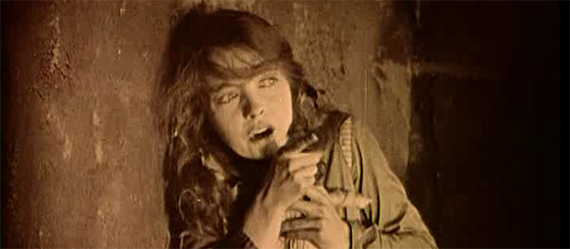 Lillian Gish dans Le Lys Brisé (1919)