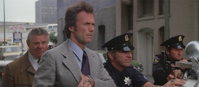 Clint Eastwood dans L'Inspecteur ne renonce jamais (1976)