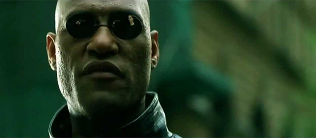 Laurence Fishburne dans Matrix (1999)