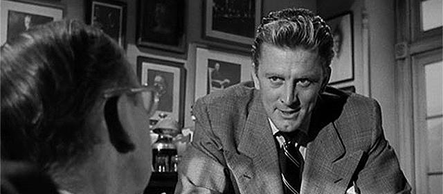 Kirk Douglas dans Le Gouffre aux Chimères (1951)