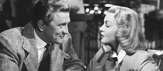Kirk Douglas et Lana Turner dans Les Ensorcelés (1952)