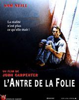 Affiche de L'Antre de la Folie (1995)