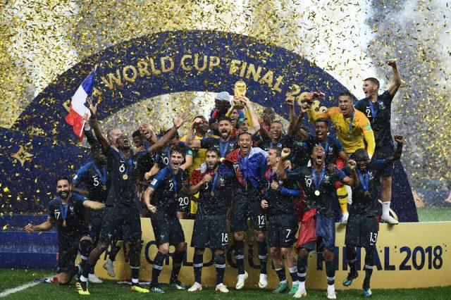 CHAMPIONS DU MONDE ! **
