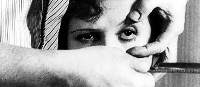 Un Chien Andalou (1929)