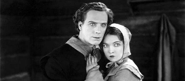 Lars Hanson et Lillian Gish dans La Lettre Écarlate (1926)