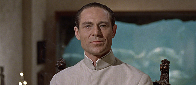 Joseph Wiseman dans James Bond contre Dr. No (1962)