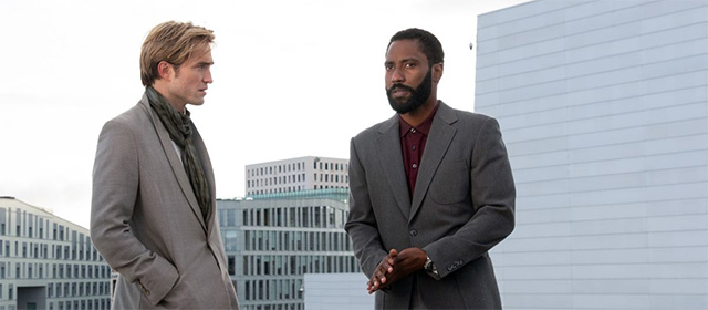 Robert Pattinson et John David Washington dans Tenet (2020)