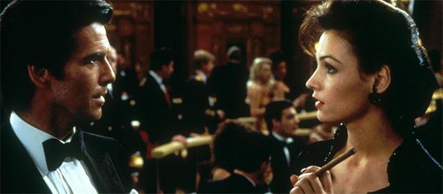 Pierce Brosnan et Famke Janssen dans GoldenEye (1995)
