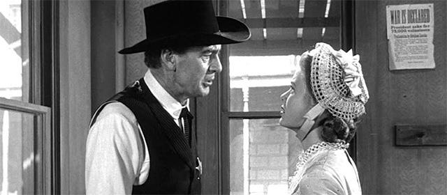Gary Cooper et Grace Kelly dans Le Train sifflera trois fois (1952)