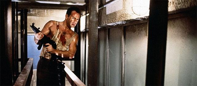 Bruce Willis dans Piège de cristal (1988)