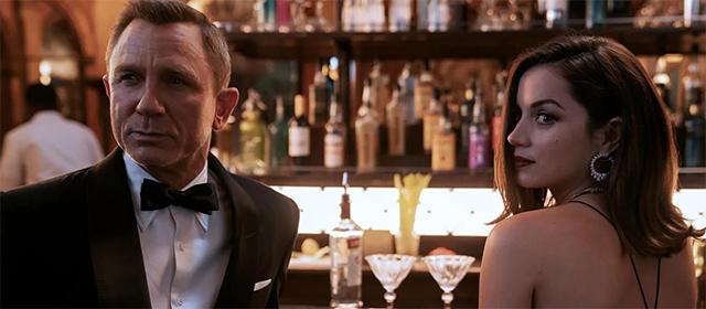 Daniel Craig et Ana de Armas dans Mourir peut attendre (2021) © DANJAQ, LLC & MGM
