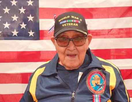 90-Year-Old WWII Veteran Receives Training to Help Fellow Veterans