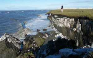 Coastal erosion near Kaktovik, Alaska. Credit: Kenneth Dunton, Marine Science Institute, University of Texas at Austin