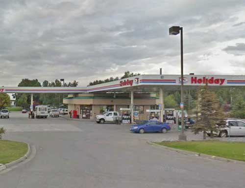 APD Chases Down Armed Car Thief near Tudor and Old Seward