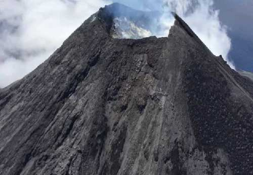 Mount Cleveland Minor Eruption Reaches 22,000 Feet
