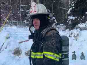 Alaska Army National Guard Staff Sgt. Jeffrey Conner, a member of the 297th Infantry Battalion medical platoon, poses for a photo. Conner has been an Army Guard medic since 2010, and has worked as a firefighter for about 30 years. His current position is fire chief at Ester Volunteer Fire Department. (Photo courtesy Alaska Army National Guard/Released)
