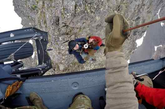 Alaska Air National Guard Rescues Distressed Hiker at Mount Williwaw