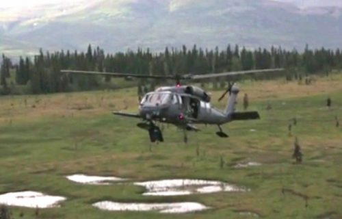 Alaska Air Guardsmen Rescue Three Hikers North of Palmer
