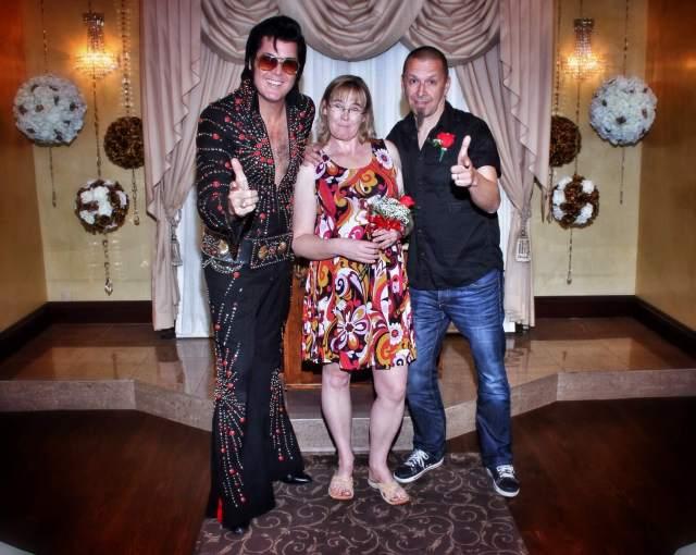 Elvis ja me