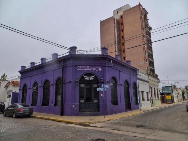 Hienonvärisiä taloja San Nicolasissa, osa 2.