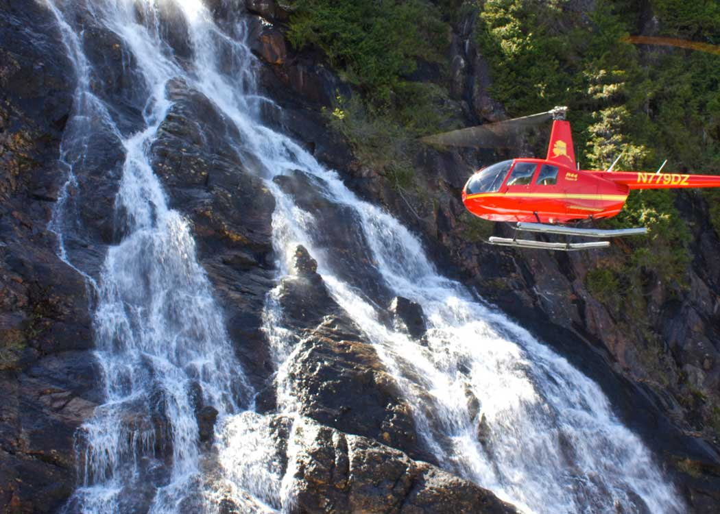 Mountain Lake Helicopter Tour with Alaska Shore Tours