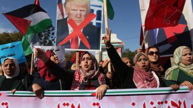 صورة لإجبارها على مقايضة الحقوق بالمال.. ترامب يمنع دولاً عربيّة من دعم السلطة الفلسطينيّة