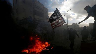 صورة بداية محتملة للحرب الأهلية في أمريكا.. مسلحون بتوجيهات من ترامب حاولوا اغتيال بايدن خارج مدينة أوستن بولاية تكساس ..
