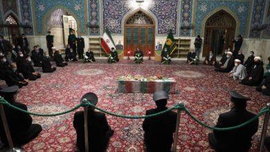 """صورة الإمام الخامنئي في تأبين الشهيد مُحسن فخرى زاده: """"كان أجره الإلهيّ منزلة الشهادة الرفيعة"""""""