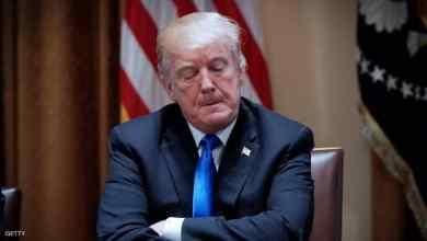 صورة أسقط ترامب قيم أمريكا فسقط بين مطرقة العزل وسندان الإستقالة