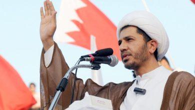صورة الشيخ علي سلمان… قيادة الانتفاضة من خلف قضبان سجون آل خليفة
