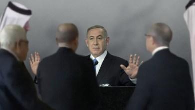 صورة التطبيعُ العربيُ يرفعُ نتنياهو وصاروخُ النقبِ يسخطُهُ